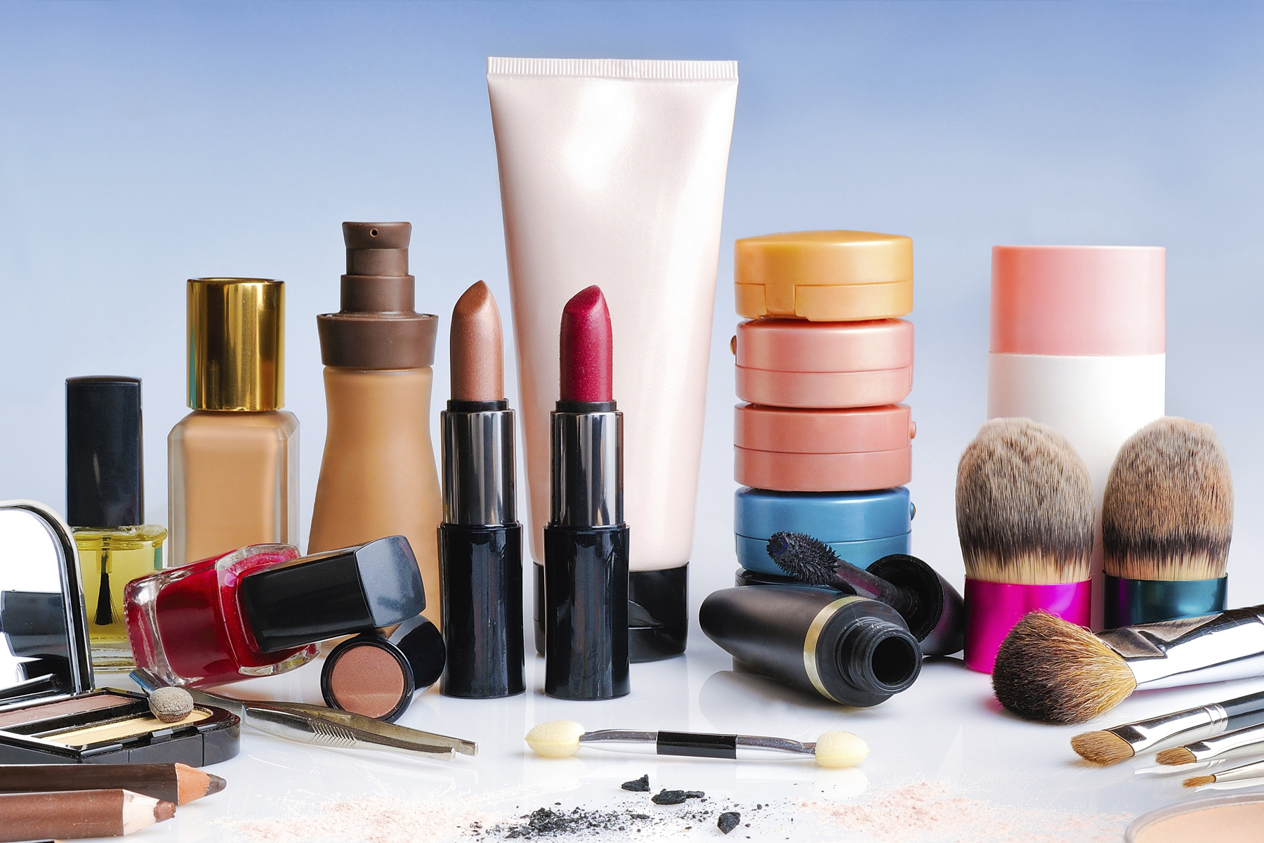 Cosmetics - Make-up